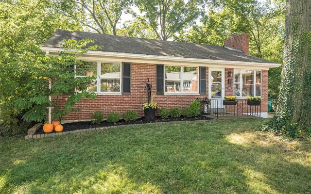 2424 Mari Kay Court, Brentwood, MO 63144 (#19074112) :: The Kathy Helbig Group