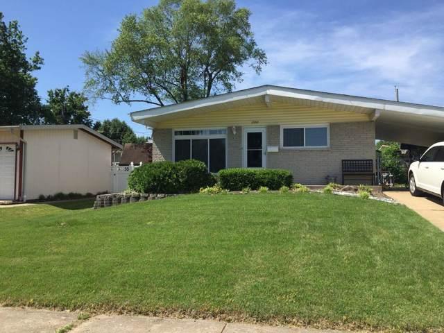 2550 Dove Drive, Florissant, MO 63031 (#19075119) :: Clarity Street Realty