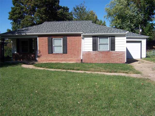 317 Oliver Lee Drive, Belleville, IL 62223 (#19076386) :: Hartmann Realtors Inc.