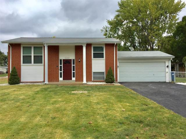 11947 Glenmar Drive, Maryland Heights, MO 63043 (#19076789) :: The Kathy Helbig Group