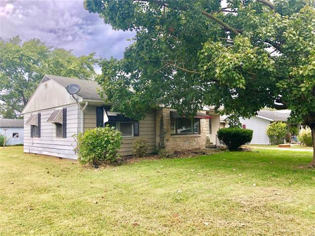 504 S 2nd Street, IRVINGTON, IL 62848 (#19077212) :: The Becky O'Neill Power Home Selling Team