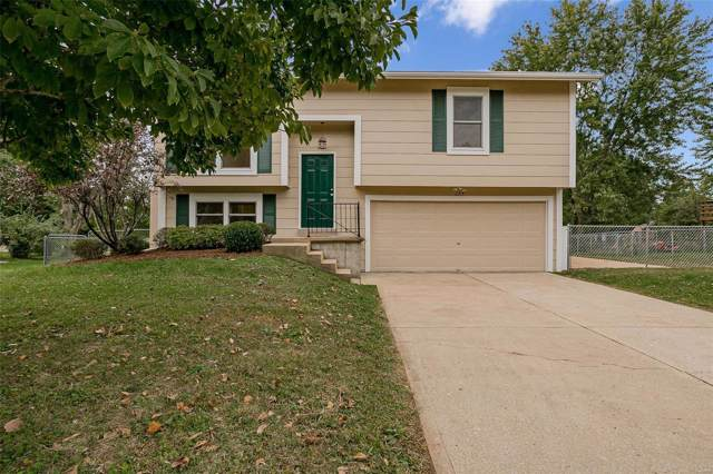 2214 Erik Lane, Pacific, MO 63069 (#19077329) :: The Becky O'Neill Power Home Selling Team