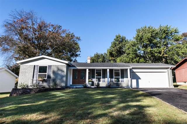 421 Iron Warrior Lane, Manchester, MO 63011 (#19077426) :: The Kathy Helbig Group