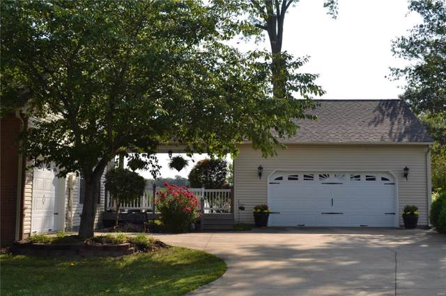 178 E Mernor, Centralia, IL 62801 (#19077975) :: The Kathy Helbig Group