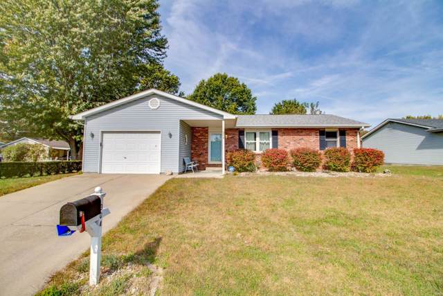 304 Saint Anthony Drive, Godfrey, IL 62035 (#19078120) :: The Kathy Helbig Group