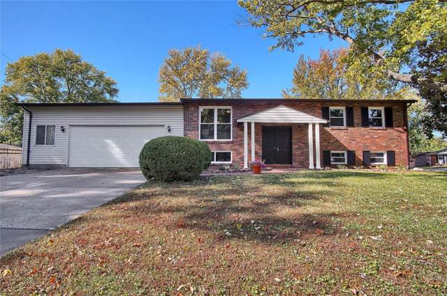 2759 Beverly Drive, Maryland Heights, MO 63043 (#19078126) :: The Becky O'Neill Power Home Selling Team