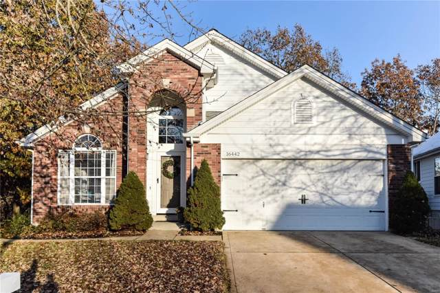 16442 Bayshore Cove Court, Wildwood, MO 63040 (#19078347) :: The Kathy Helbig Group