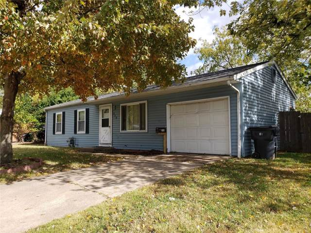 320 N 43rd, Belleville, IL 62226 (#19078534) :: Holden Realty Group - RE/MAX Preferred
