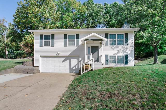 751 Crescent Woods Drive, Valley Park, MO 63088 (#19078999) :: Sue Martin Team