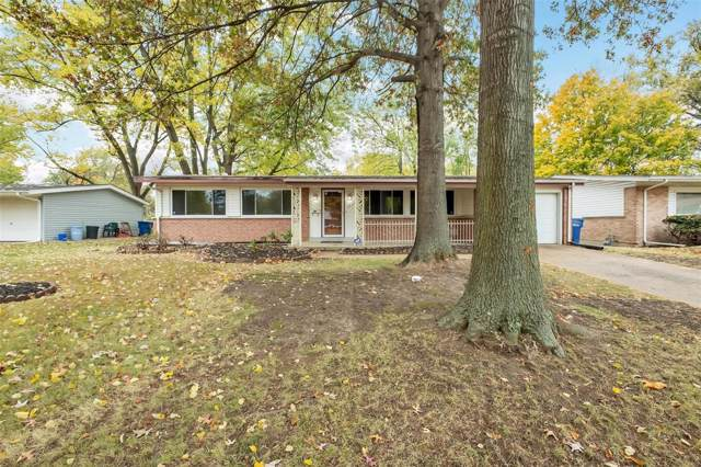 2920 N Waterford Drive, Florissant, MO 63033 (#19079315) :: RE/MAX Vision