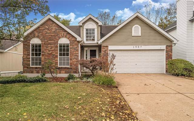 1907 Strawberry Ridge Drive, Ballwin, MO 63021 (#19080301) :: The Kathy Helbig Group