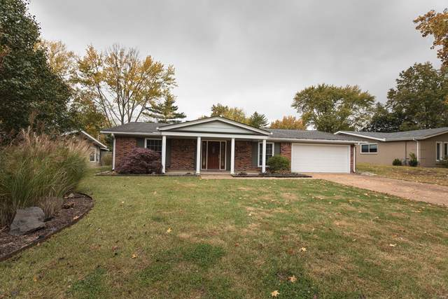 579 Highland Ridge Drive, Ballwin, MO 63011 (#19080341) :: The Kathy Helbig Group