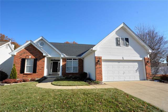 879 Wellesley Terrace Lane, Chesterfield, MO 63017 (#19081684) :: The Kathy Helbig Group