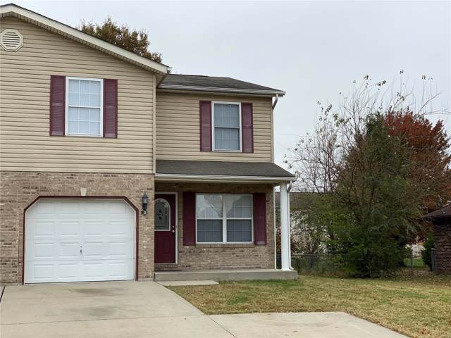 944 Belle Valley Drive, Belleville, IL 62220 (#19081800) :: The Becky O'Neill Power Home Selling Team