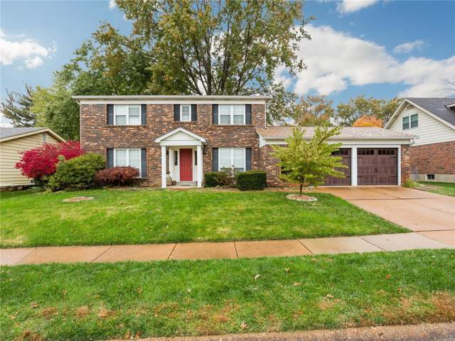 2832 Amberglow Drive, St Louis, MO 63129 (#19082750) :: Kelly Hager Group   TdD Premier Real Estate