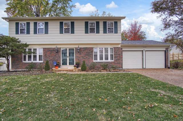 12786 Castlebar Drive, St Louis, MO 63146 (#19082922) :: The Kathy Helbig Group