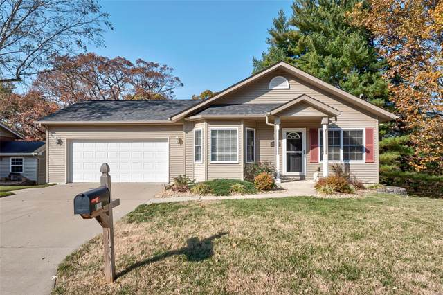 9744 Greenridge Heights Road, Fairview Heights, IL 62208 (#19083578) :: The Becky O'Neill Power Home Selling Team