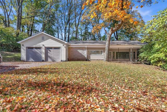 3 Reading Avenue, Maryland Heights, MO 63043 (#19083695) :: Kelly Shaw Team