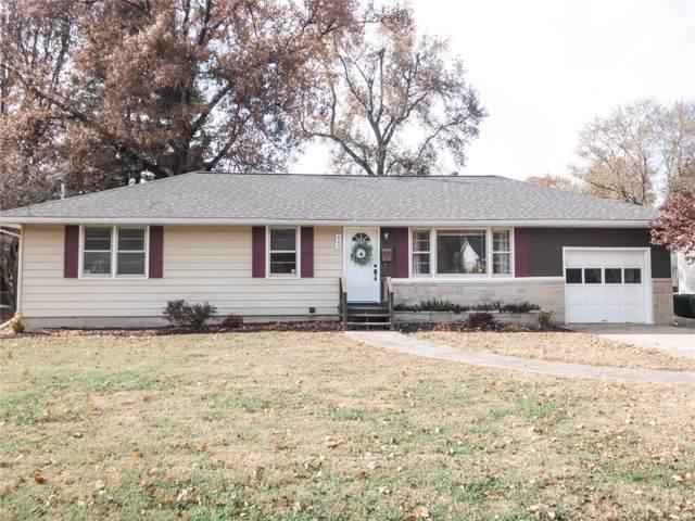 443 S Wood Street, NASHVILLE, IL 62263 (#19085493) :: Kelly Hager Group | TdD Premier Real Estate