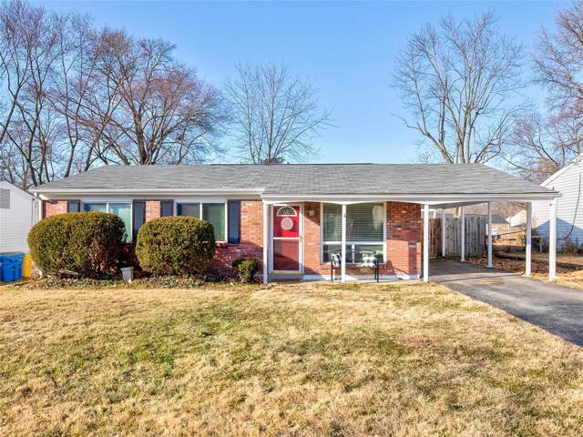 2817 Sugar Tree, Maryland Heights, MO 63043 (#19086046) :: The Becky O'Neill Power Home Selling Team