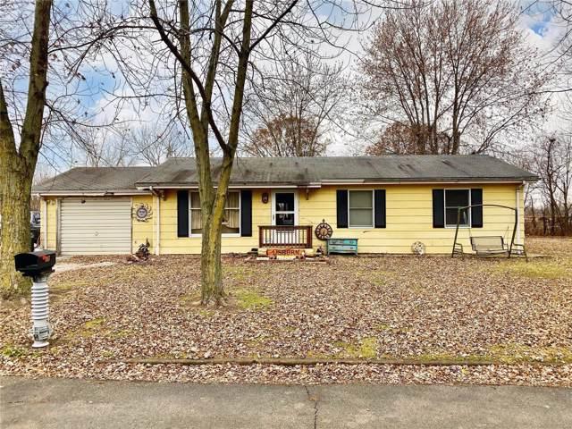 307 18th Street, Hillsboro, IL 62049 (#19086810) :: RE/MAX Vision