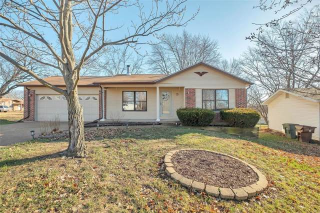 932 Millwood Drive, Saint Peters, MO 63376 (#19087339) :: Kelly Hager Group | TdD Premier Real Estate