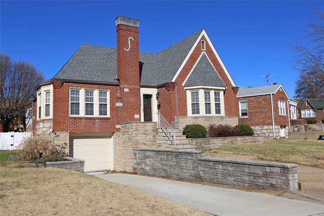 9105 Flores Drive, St Louis, MO 63123 (#19087660) :: Walker Real Estate Team