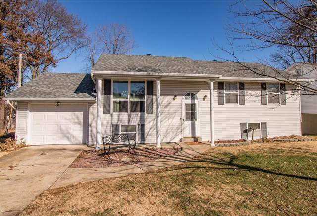 127 Cherbourg Drive, St Louis, MO 63129 (#19088007) :: Realty Executives, Fort Leonard Wood LLC