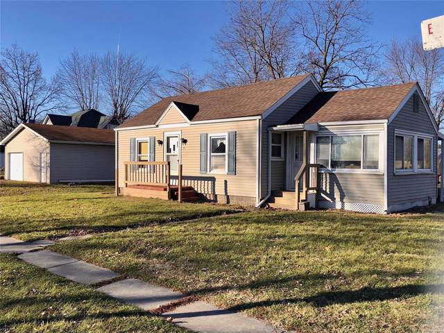 211 E Kell Street, Worden, IL 62097 (#20000737) :: The Becky O'Neill Power Home Selling Team
