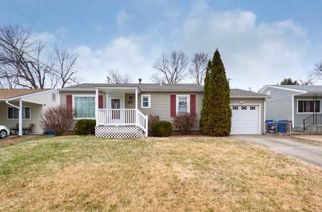 2717 Chatham Drive, Maryland Heights, MO 63043 (#20002069) :: Hartmann Realtors Inc.