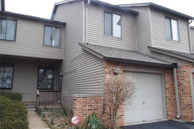 1710 Thorny Briar Drive, St Louis, MO 63146 (#20002112) :: Clarity Street Realty