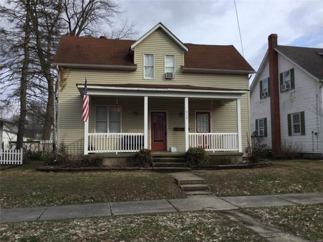 715 Pine Street, Highland, IL 62249 (#20003286) :: The Becky O'Neill Power Home Selling Team