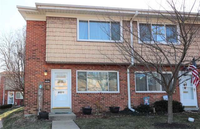 10887 Carroll Wood Way, St Louis, MO 63128 (#20003808) :: Clarity Street Realty