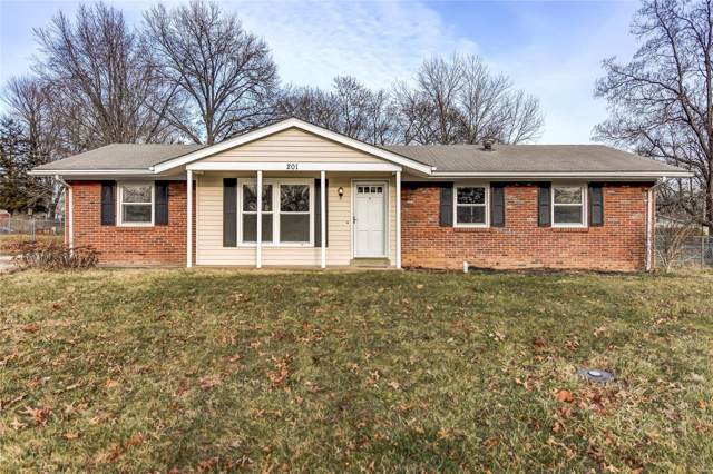 201 Midland Drive, Wright City, MO 63390 (#20003985) :: The Becky O'Neill Power Home Selling Team