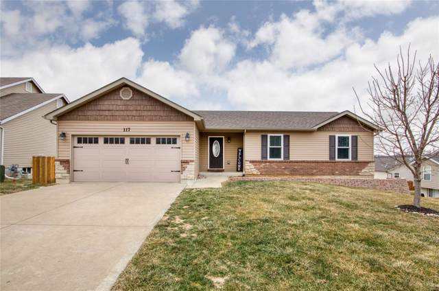 117 Prairie Bluffs Drive, Foristell, MO 63348 (#20004735) :: The Becky O'Neill Power Home Selling Team