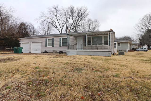 9818 Calumet Drive, St Louis, MO 63137 (#20005620) :: Sue Martin Team