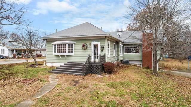 727 Highland Avenue, Hillsboro, IL 62049 (#20005684) :: Sue Martin Team