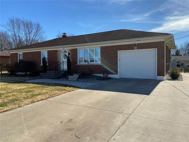 48 E Maple, AVISTON, IL 62216 (#20006871) :: Clarity Street Realty