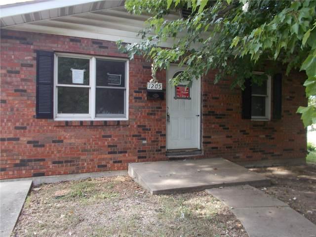 1205 Saint Paul Avenue, Granite City, IL 62040 (#20007268) :: Sue Martin Team
