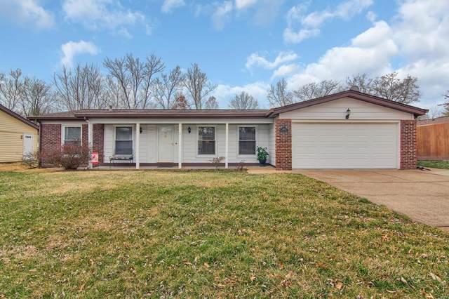 4824 Bankfield Ct, St Louis, MO 63128 (#20007686) :: Hartmann Realtors Inc.