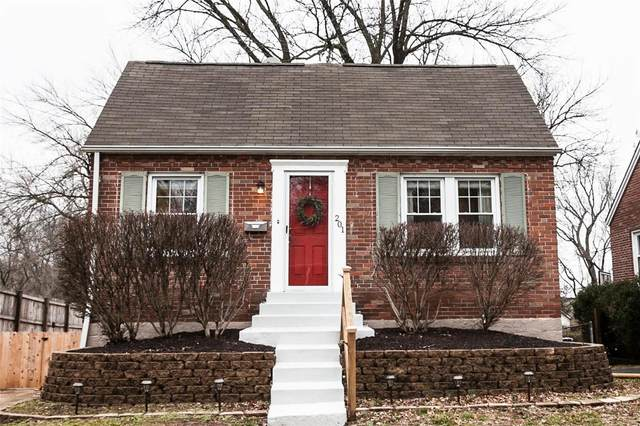 201 Newport Avenue, Webster Groves, MO 63119 (#20008352) :: Parson Realty Group