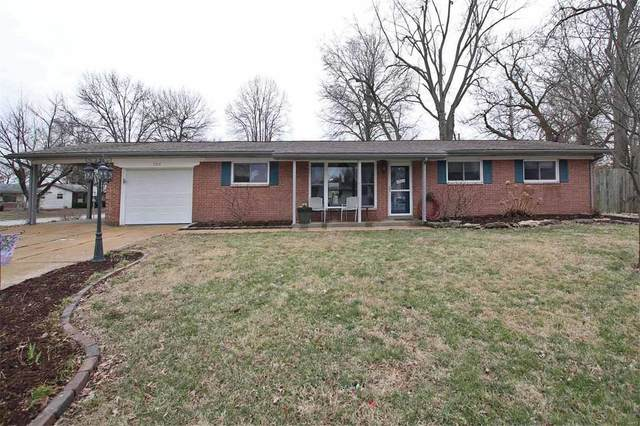 224 Kadlec Drive, Fairview Heights, IL 62208 (#20009011) :: Clarity Street Realty