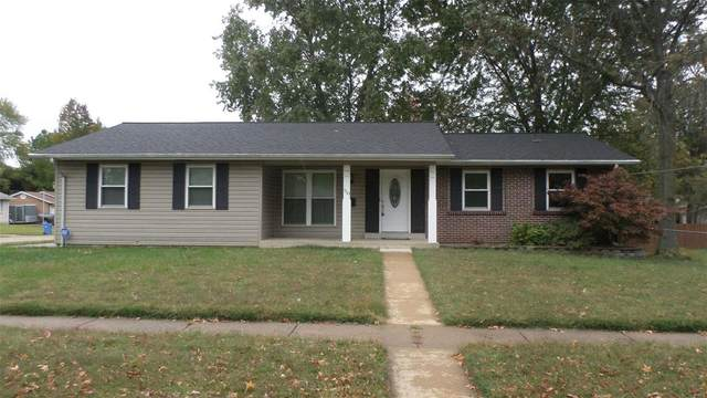 110 Paul Avenue, Florissant, MO 63031 (#20009570) :: Sue Martin Team