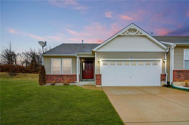 1420 Byrd Manor Lane, St Louis, MO 63137 (#20010331) :: Clarity Street Realty