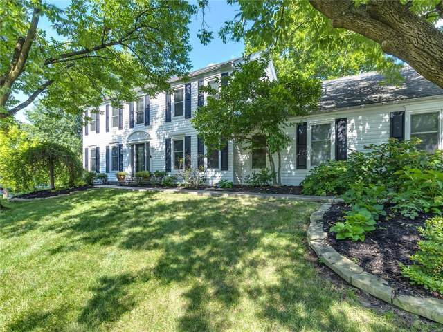 932 Devereaux Drive, Des Peres, MO 63131 (#20010357) :: St. Louis Finest Homes Realty Group