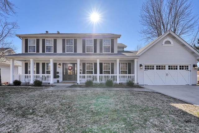 302 Country Meadows Drive, Saint Charles, MO 63303 (#20011033) :: Clarity Street Realty