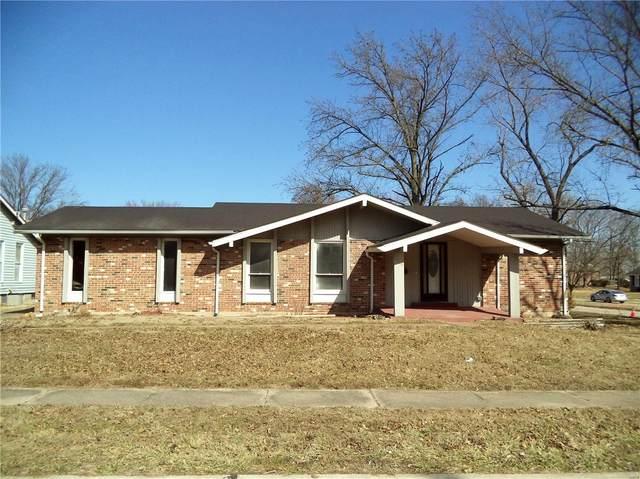 1504 Sycamore Glen Court, Florissant, MO 63031 (#20011335) :: The Becky O'Neill Power Home Selling Team
