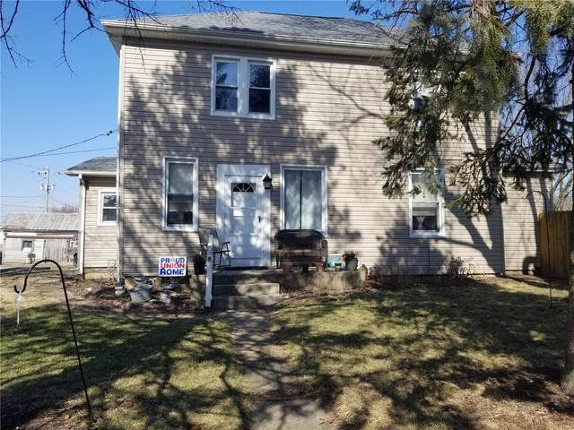 205 W Fayette, BUNKER HILL, IL 62014 (#20011534) :: Tarrant & Harman Real Estate and Auction Co.