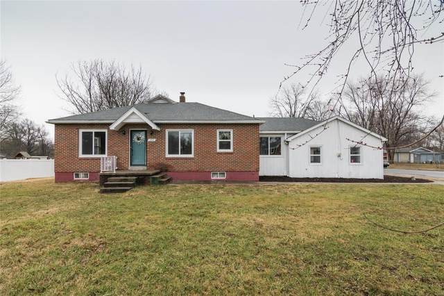 390 E Airline, East Alton, IL 62024 (#20012124) :: Clarity Street Realty
