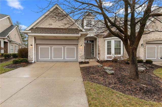 924 Chesterfield Villas Circle, Chesterfield, MO 63017 (#20012437) :: Peter Lu Team
